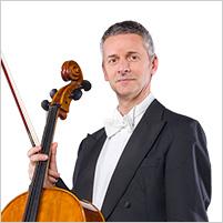 Robert Kruzlics, Violoncello