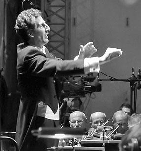 Giordano Bellincampi Dirigent Foto: Frank Heller