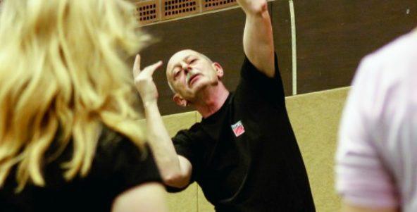 Das Tanzprojekt auf Seite 1 der WAZ