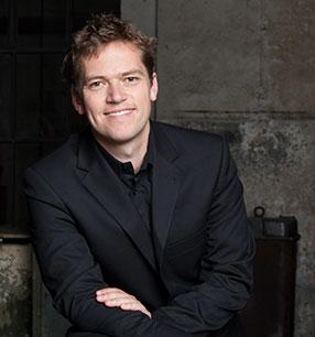 Florian Helgath Dirigent · Foto: Pedro Malinowski