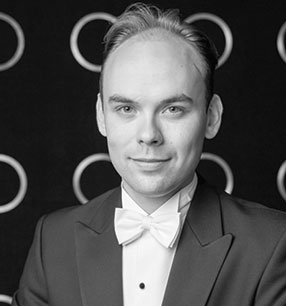 2. Philharmonisches Konzert 2017/18 · Ville Matvejeff Dirigent · Foto: Tuukka Järventausta