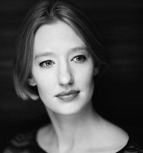 3. Philharmonisches Konzert 2017/18 · Joana Mallwitz Dirigentin · Foto: Nikolaj Lund