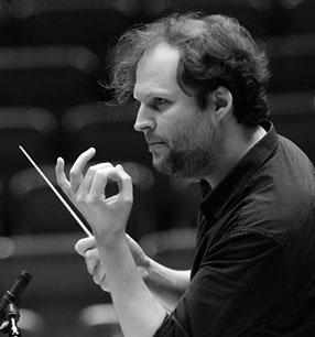8. Philharmonisches Konzert 2017/18 · David Marlow Dirigent · Foto: Thomas Kost