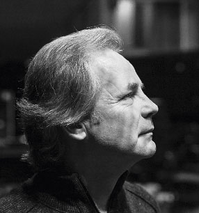 3. Philharmonisches Konzert 2018/19 · Axel Kober Dirigent · Foto: Max Brunnert