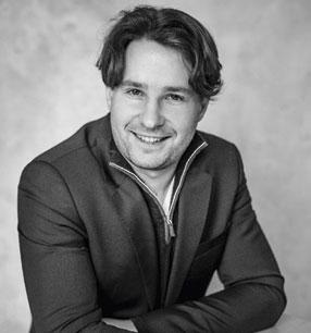 11. Philharmonisches Konzert 2018/19 · Clemens Schuldt Dirigent · Foto: Sammy Hart
