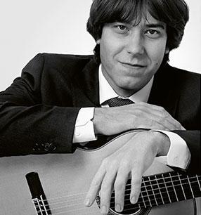 4. Philharmonisches Konzert Joaquín Clerch Gitarre Foto: Ricarda Niks
