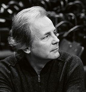 4. Philharmonisches Konzert Axel Kober Dirigent Foto: Max Brunnert