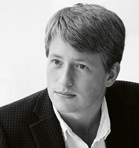 11. Philharmonisches Konzert Duncan Ward Dirigent Foto: Maurice Foxall