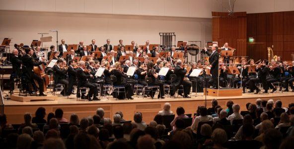 """""""Zaubertöne"""" im 12. Philharmonischen Konzert"""