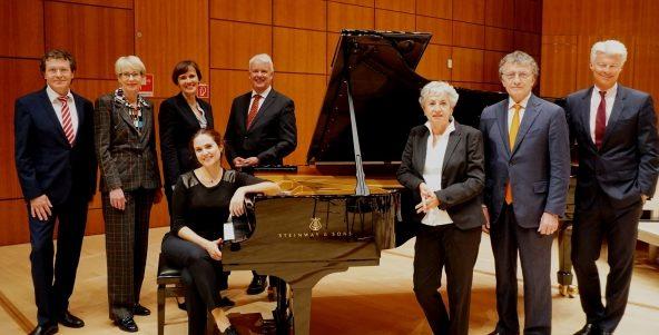 Neuer Konzertflügel für die Duisburger Philharmoniker
