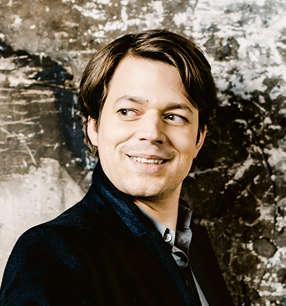 David Fray Klavier · Foto: Marco Borggreve / Warner Classics