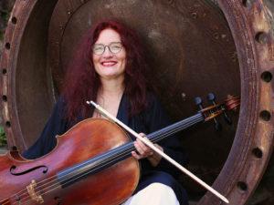 Anja Schröder · Violoncello · Foto: Holger Scholl