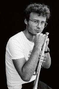 Simon Höfele · Foto: Joy Dana
