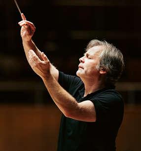 Axel Kober Dirigent · Foto: Susanne Diesner