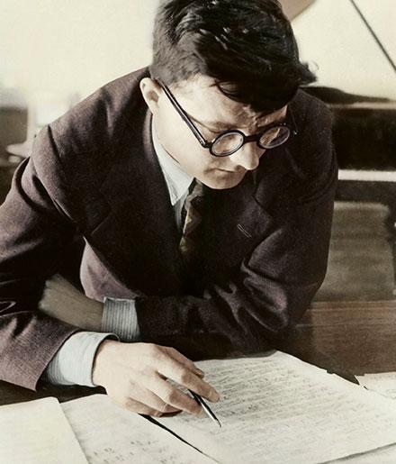 Dmitri Schostakowitsch · Foto: Lebrecht Music & Arts / Alamy Stock Photo