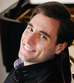 Boris Giltburg Klavier Foto: Sasha Gusov
